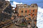 Un pazzo incosciente cammina sulle rovine della Gordejuela alla Rambla de Castro